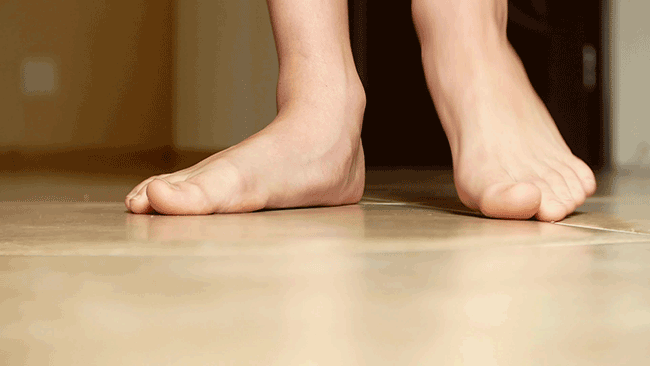 flat feet pain